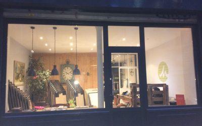 Rénovation façade boutique avant/après sur Paris